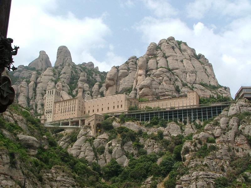 Montserrat_monastery3