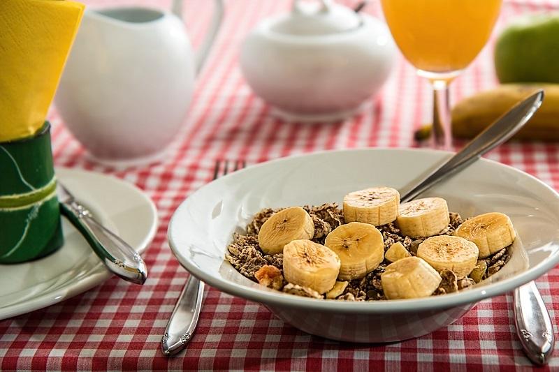 Jak powinno wyglądać wartościowe śniadanie?