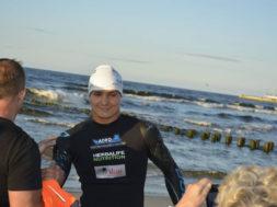 100 km wpław przez Bałtyk widziane przez pływackie okulary
