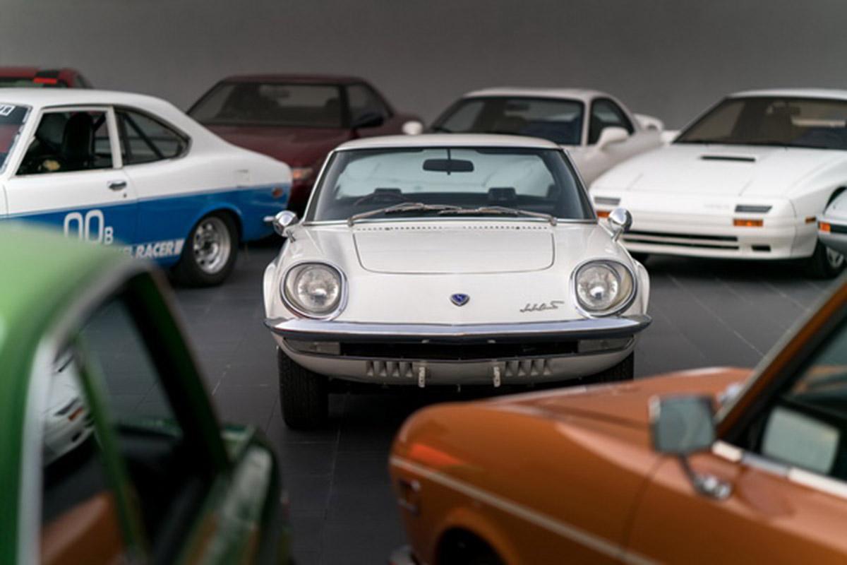 50 lat temu Mazda wprowadziła na rynek model Cosmo