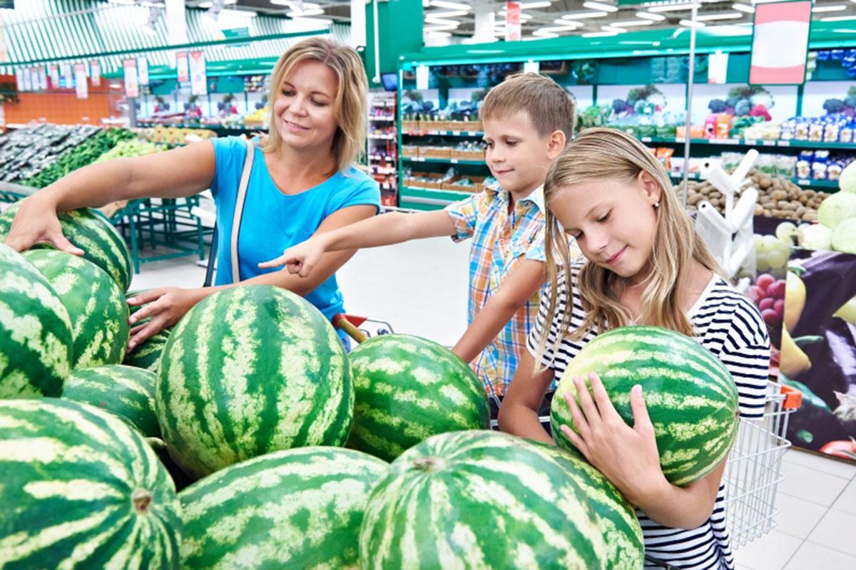 Dobry arbuz, czyli jaki? Jak wybrać dojrzały owoc?